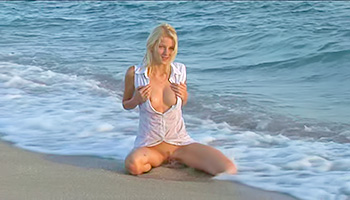 Sweet Slav blonde loves the beach