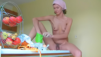 Skinny young housewife gets messy