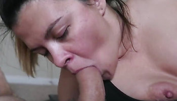 Chubby amateur gives the best BJ ever