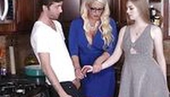 Stepmom threesome with MILF Allura Jensen