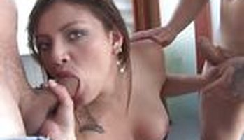 Spanish threesome with an oiled up babe